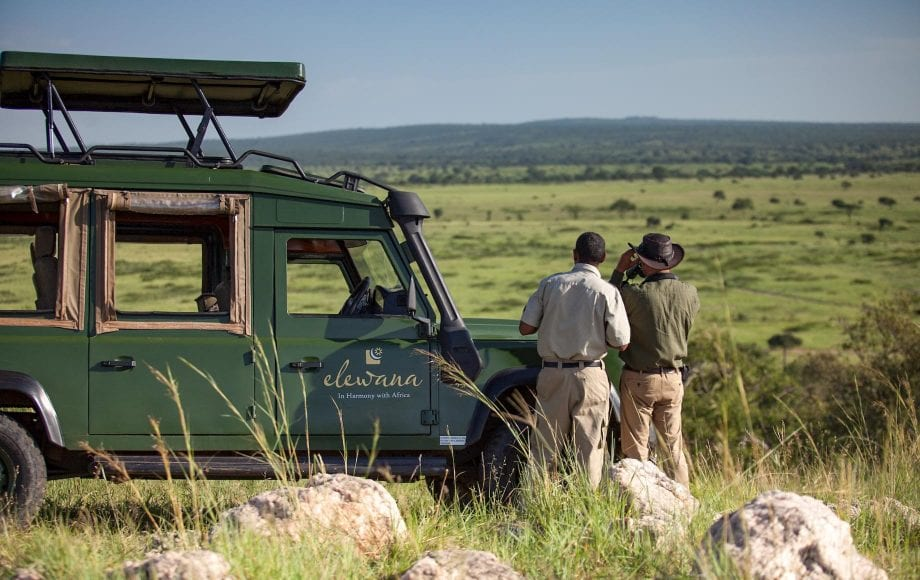 Driving to the middle of Tarangire National Park
